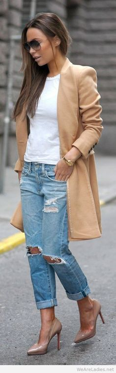 The Camel Coat with Tee White
