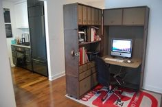 small-home-office-in-a-wall-divider.jpg (540×359)