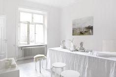 Le blanc est-il un concept ? || Un appartement immaculé blanc par Fantastic Frank