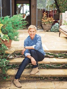 Hollywood at Home: Peek Inside Five of Ellen DeGeneres' Houses   ELLEN AT HOME    The talk show host gives a tour of some of her past and present houses in her new book Home, where her passion for interior design shines through.