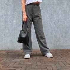Basics that last 〰️ Handcrafted leather bucket bag in black by Karu Atelier | Fvourite pants by Djerf Avenue #karuatelier #leatherbucketbag #djerfavenue Vegetable Tanned Leather, Modern Classic, Women's Bags, Leather Handbags, Bucket Bag, Casual, Pants, Black, Instagram