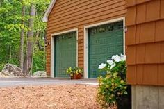 Overhead Doors manufactures high-quality residential garage doors, commercial doors, and rolling steel doors. Chi Garage Doors, Garage Door Panels, Garage Door Repair, Garage Door Maintenance, House Cleaning Company, Floor Scale, Window Inserts, Residential Garage Doors, Brown House