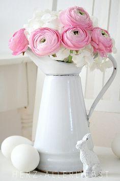 Spring Craft Ideas: Floral Arrangements