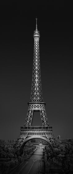 WHY WE NEED VISION IN PHOTOGRAPHY – TOP 5 TIPS ON HOW TO CREATE PERSONAL ART - Urban Saga IV - Eiffel Tower Paris © Julia Anna Gospodarou 2016 - An article about why we need vision in photography. With this article I'm starting a series of articles dedicated to vision and creativity in photography and how to use them to create authentic work that can stir emotion in the viewer.
