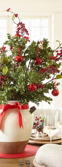 Make it Merry Floral Arrangement