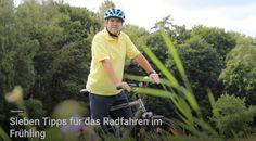 Während am Osterwochenende der Norden Deutschlands nahezu im Schnee versank, hält seit dem Ostermontag im Süden nun doch allmählich der Frühling Einzug. Und obwohl bei mir die Fahrradsaison bekanntlich am 1. Januar eines Jahres beginnt und am 31. Dezember endet, beginnen viele meiner Mitbürger gerade, ihr Fahrrad für die Saison 2018 flott zu machen und die ersten Touren zu planen.   #Fahrradsaison #Frühling #Radfahren #Saison #Saisonstart #Tipps