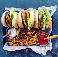 Celebrate the end of your work week with Quinoa and Sweet Potato Burgers. These patties are firm, moist, have miles of flavour and are the perfect addition to good wine and great company. Sweet Potato Burgers, Apple Chips, Quinoa, Potatoes, Work Week, Ethnic Recipes, Food, Hands, Potato