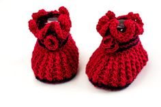 KNITTING PATTERN, Baby Girl Booties,  PDF, Red Rose, Romantic Ruffle Booties with Knitted Rose, Newborn Baby Girl Booties Pattern