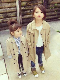 ひよ。こは。ちゃんのその他を使ったsiolérのコーディネートです。WEARはモデル・俳優・ショップスタッフなどの着こなしをチェックできるファッションコーディネートサイトです。 Baby Girl Fashion, Toddler Fashion, Kids Fashion, Kids C, Cute Kids, Children, Little Girl Outfits, Kids Outfits, Japanese Kids