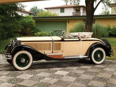 1928 Isotta-Fraschini Tipo 8AS 'Commodore' Roadster Cabriolet by Castagna | London 2013 | RM AUCTIONS