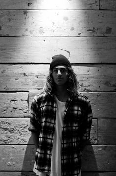 Craig Anderson surfer hair  beard flannel shirt fashion men style tumblr beanie
