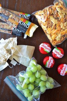 Healthy (TSA Approved) Carry-On Snack Alternatives Many of us think in today's atmosphere of high security that all food items are prohibited through airport security. You'll be surprised to see what you can actually bring on board with you these days. There are plenty of healthy snacks you can pack in your carry-on bag that …