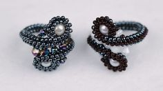 USED MATERIALS: 1. Czech beads nr. 9,nr. 11 2. Rondelle 3×2,3×4 mm 3. Bicone crystal 4 mm 4. Glass pearl 6mm