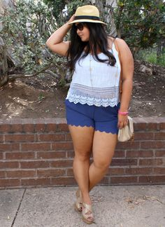 Plus size outfit for summer. Scalloped shorts