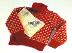 King's Sweater Learn more here: http://vesterheim.org/learning/classes/textiles/index.php