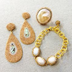This #combination of the #Swarovski 💎💎💎  #statement #earrings #matched with an #elegant ✨ #bracelet and #ring 💍 can be #great for #weddings 👰, a #night #out 💃, or any #special #occasion 🤗💕 #gold #sterlingsilver #fwp #freshwaterpearl #pearl #druzy #fancy #unique