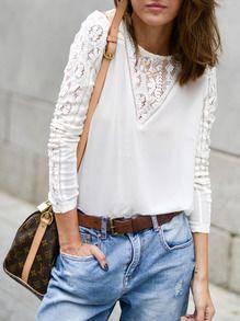 Blusa manga larga con encaje -beige EUR€15.51