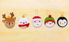 Christmas Baking Gifts, Handmade Christmas Crafts, Christmas Arts And Crafts, Felt Christmas Ornaments, Xmas Crafts, Homemade Christmas, Felt Crafts, Christmas Holidays, Diy And Crafts