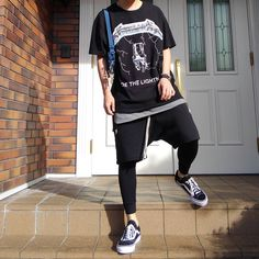 320 mentions J'aime, 5 commentaires - @komasan_19 sur Instagram : « 【2017.7.2】 、初の日。 Tee #fog Tank #fog Pants #fog Leggings #uniqlo Shoes #vans×#alyx Bag #supreme »