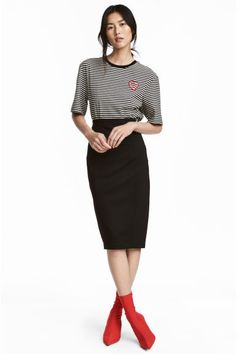 c46b8b54331c5 168 meilleures images du tableau Jupe crayon   Pencil skirts, Ladies ...