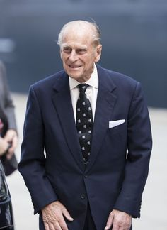 5/9/2014: Prince Philip arrives for his visit to the Queen Mary 2 (Southampton, Hampshire)