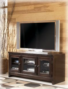 Sunshine Furniture: Three Primary Considerations when Buying an Entertainment Center