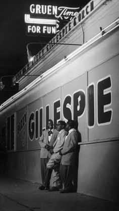 Jazz musician Dizzy Gillespie outside of the nightclub where Gillespie is performing.Photograph by Allan Grant. Hollywood, California, September 1948.