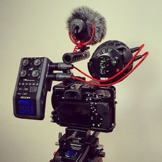 """""""More WIP.. dual mic setup with the @rodemic Stereo VideoMic X connected via XLR to Zoom H6, VideoMic GO to #a7s on @movcam cage"""""""