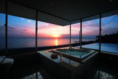 一日の疲れを癒してくれるバスルーム。せっかくリラックスできる場なら、もっと空間を広くして優雅なバスタイムを満喫するのはい…