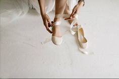 Wedding shoes in a warm vanilla ivory tone. It is a perfect match for warmer tone bridal dresses. Ankle straps are included with this listing. You can easily change the satin ribbons for ankle straps and wear the flats as a minimal style every day pair long after your wedding! •
