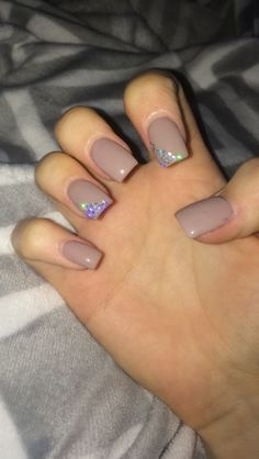 Nails medium length haircuts easy to style - Medium Style Haircuts Square Oval Nails, Square Acrylic Nails, Summer Acrylic Nails, Best Acrylic Nails, Aycrlic Nails, Hair And Nails, Glitter Nails, Super Cute Nails, Pretty Nails