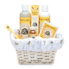 Perfect basket for baby shower : ) Or baby wash as my mother say. She could only remember the clean part. We don't have them in Sweden.