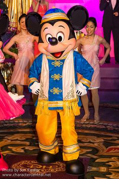 Mickey Mouse ~ DDE May 2013 - Welcome to Hong Kong Disneyland