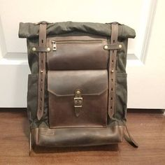 Waxed canvas leather backpack in olive green, Rolltop travel rucksack, padded laptop section, front zipper pocket, women men canvas pack Waxed Canvas Bag, Canvas Messenger Bag, Messenger Bag Men, Canvas Backpack, Canvas Leather, Laptop Backpack, Travel Backpack, Leather Crossbody Bag, Leather Backpack