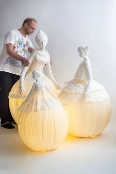 Would be beautiful in the garden at night!Ethereal Papier-Mache Lamp Sculptures of Dancers & Fairies The team of Sophie Mouton-Perrat and Frédéric Guibrunet, aka Papier à êtres, have been constructing delicate and ethereal papier mache. Paper Mache Sculpture, Sculpture Art, Paper Sculptures, Sculpture Ideas, Garden Sculptures, Metal Sculptures, Abstract Sculpture, Bronze Sculpture, Paper Art