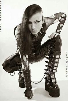 Billedresultat for gothic decor uk Gothic Men, Gothic Models, Gothic Lolita, Dark Gothic, Deathrock Fashion, Goth Guys, Bob, Goth Beauty, Rocker