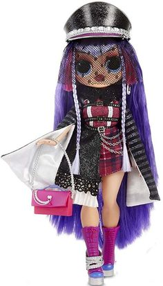 2019 LIMITED EDITION Winter Disco Get ready to chill out and boogie down at the winter disco. You will receive everything you see here in the image. Baby Girl Toys, Toys For Girls, Kids Girls, Bratz Doll, Barbie Dolls, Disney Descendants Dolls, Chibi Kawaii, Couture Vintage, Image Fashion