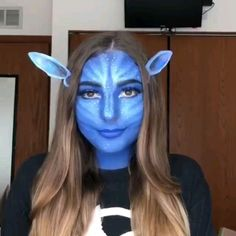 Video tutorial on makeup design for Avatar characters makeup videos pretty Cute Avatar Halloween Makeup Tutorial Amazing Halloween Makeup, Halloween Makeup Looks, Avatar Halloween, Halloween Costumes, Scary Halloween, Group Halloween, Halloween Parties, Halloween Nails, Avatar Makeup