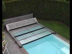 Unsere Schwimmbadabdeckung ist eine speziell winterfeste und kindersichere, elektrisch angetriebene Schwimmbadabdeckung. Der Antrieb besteht im wesentlichen ...