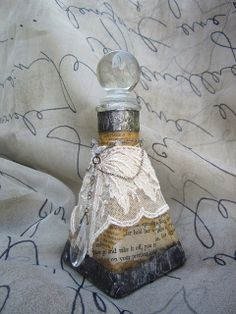 Altered Bottle by Kathy McElroy, via Flickr Looks similar to one I did 20 years ago.