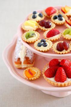 cute little fruit tarts! :D