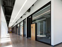 modern corporate offices office interior designer in delhi