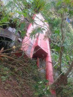 BLOG DO MARKINHOS: Colheitadeira cai de ponte na Reserva Indígena em ...