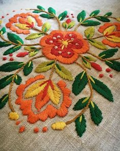 Folk Embroidery Tutorial I think I'm really liking this design. I have done this design in different colours before. If you'd like to see it check it out in my previous posts from last year. Mexican Embroidery, Hungarian Embroidery, Crewel Embroidery, Hand Embroidery Designs, Embroidery Patterns, Machine Embroidery, Flower Embroidery, Embroidered Flowers, Embroidery Needles