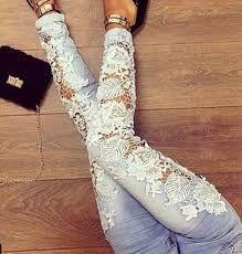 Resultado de imagem para calça jeans com renda na frente
