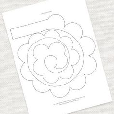 Diy paper rose template idoityourself com au by renee Paper Flowers Diy, Handmade Flowers, Flower Crafts, Fabric Flowers, Felt Patterns, Flower Patterns, Felt Crafts, Paper Crafts, Flower Tutorial