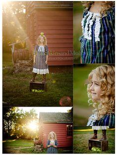 Back to school photo session idea   Outdoor   Pose & Prop Ideas   Poses   Portrait   Portraits   Child Photography