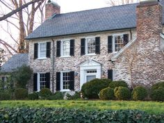 I Want To Whitewash The Exterior Of Our Home Like This Love How It Ages