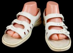 Clarks Springers Shoes Womens Size 9 M White Leather Ankle Strap Sandals #Clarks #AnkleStrap