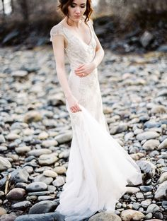Beaded Sarah Janks wedding dress: http://www.stylemepretty.com/2017/01/11/winter-wedding-lovers-this-one-is-for-you/ Photography: Belle Gardens - http://www.bellegardens.com/
